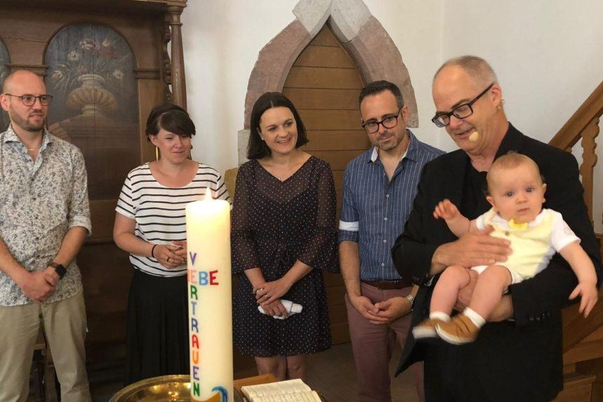 Kind wird getauft